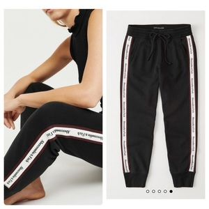 Abercrombie & Fitch tape joggers